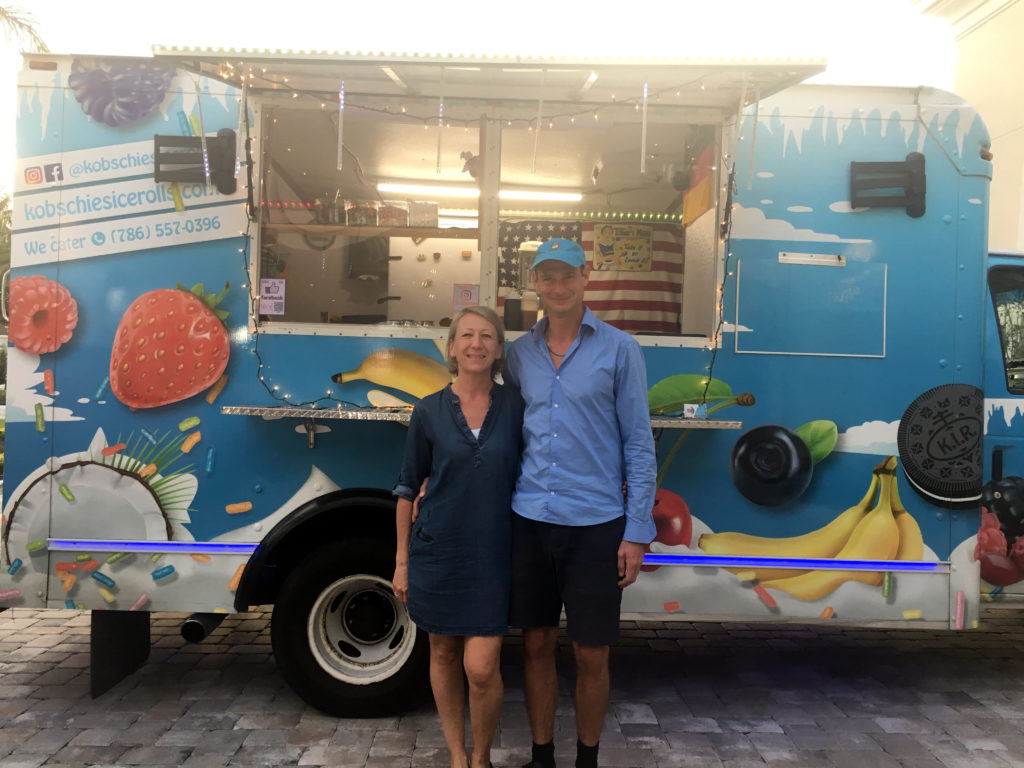 Kobschies Team in front of their Ice Rolls Truck
